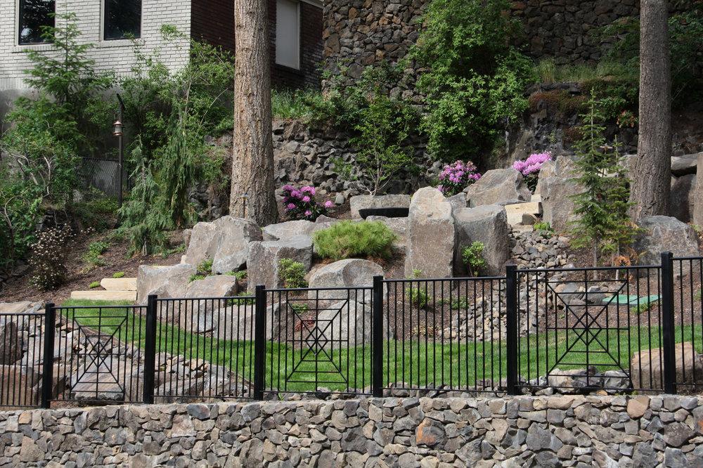 spokane boulder retaining walls