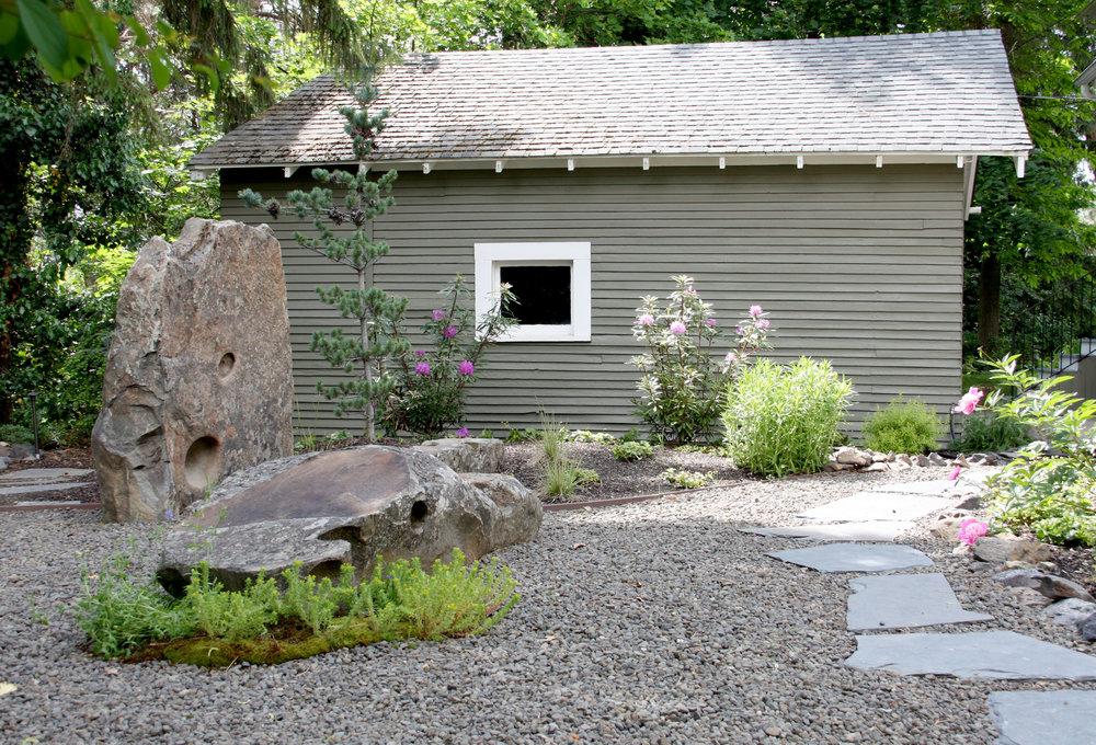 boulder-sculpture-1.JPG