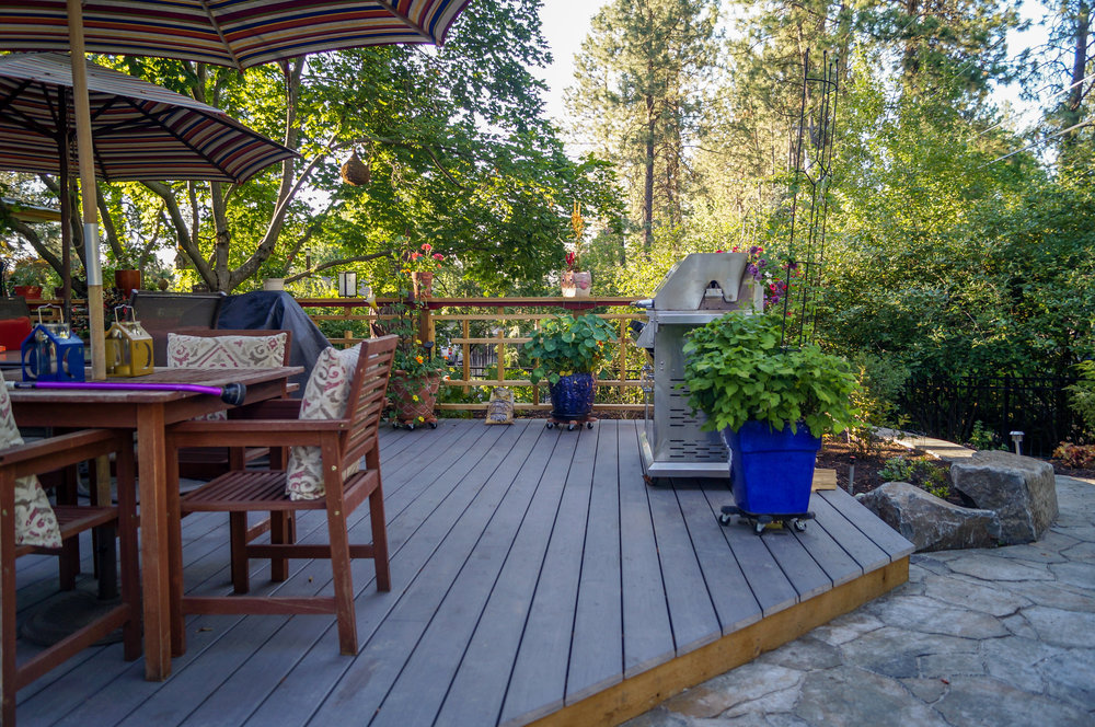 azek pvc deck with asian inspired railings on spokane rancher