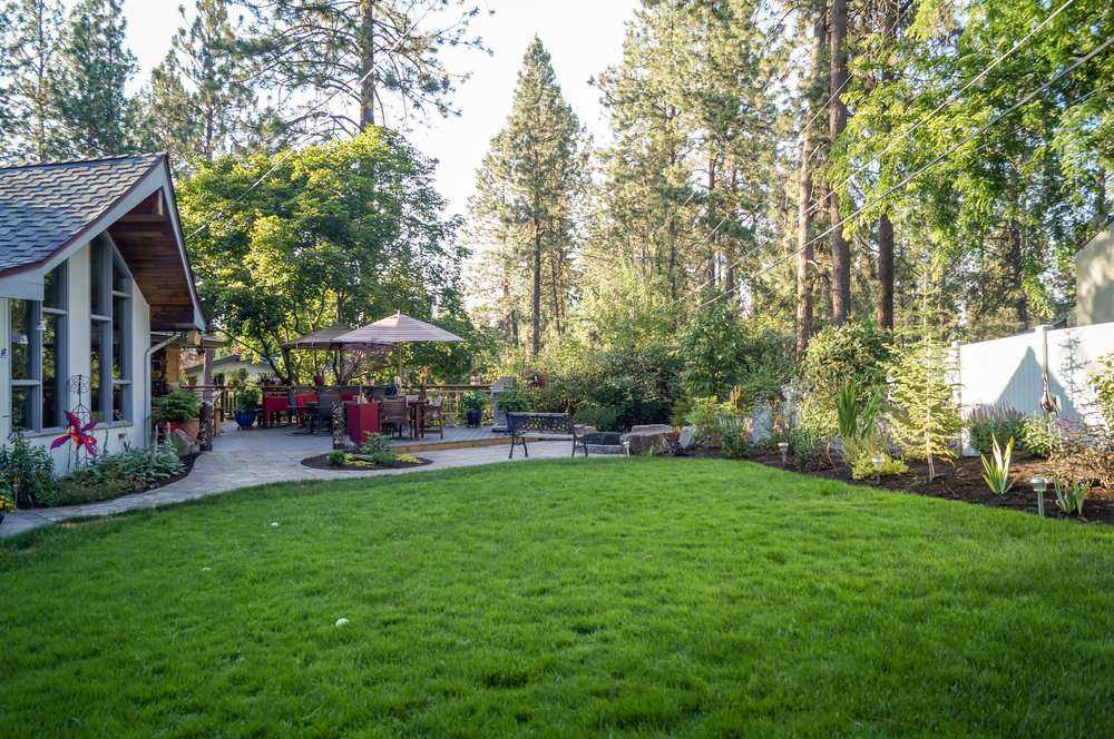 spokane landscaping for mid century ranch house