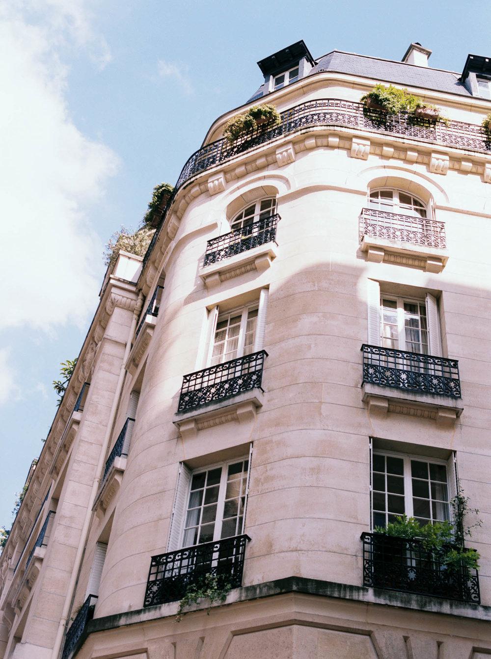 Alyssa Joy Photography - Paris, France travel photographer