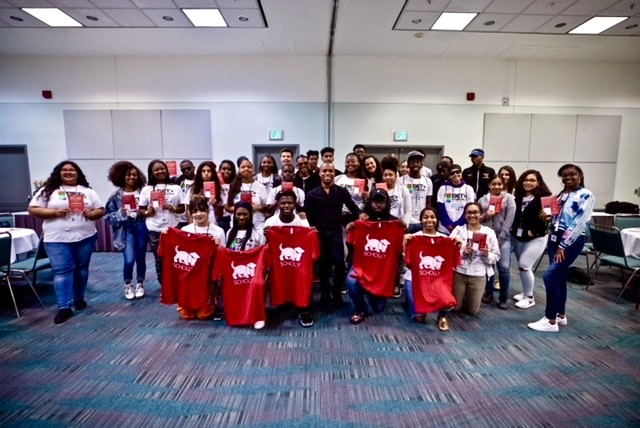 #ThrowBack to last weekend when our CEO @cjgray91 spoke to students in the @bet Youth Program about #scholarship tips and Scholly.  #OpportunityforAll #Summer2018 #betx
