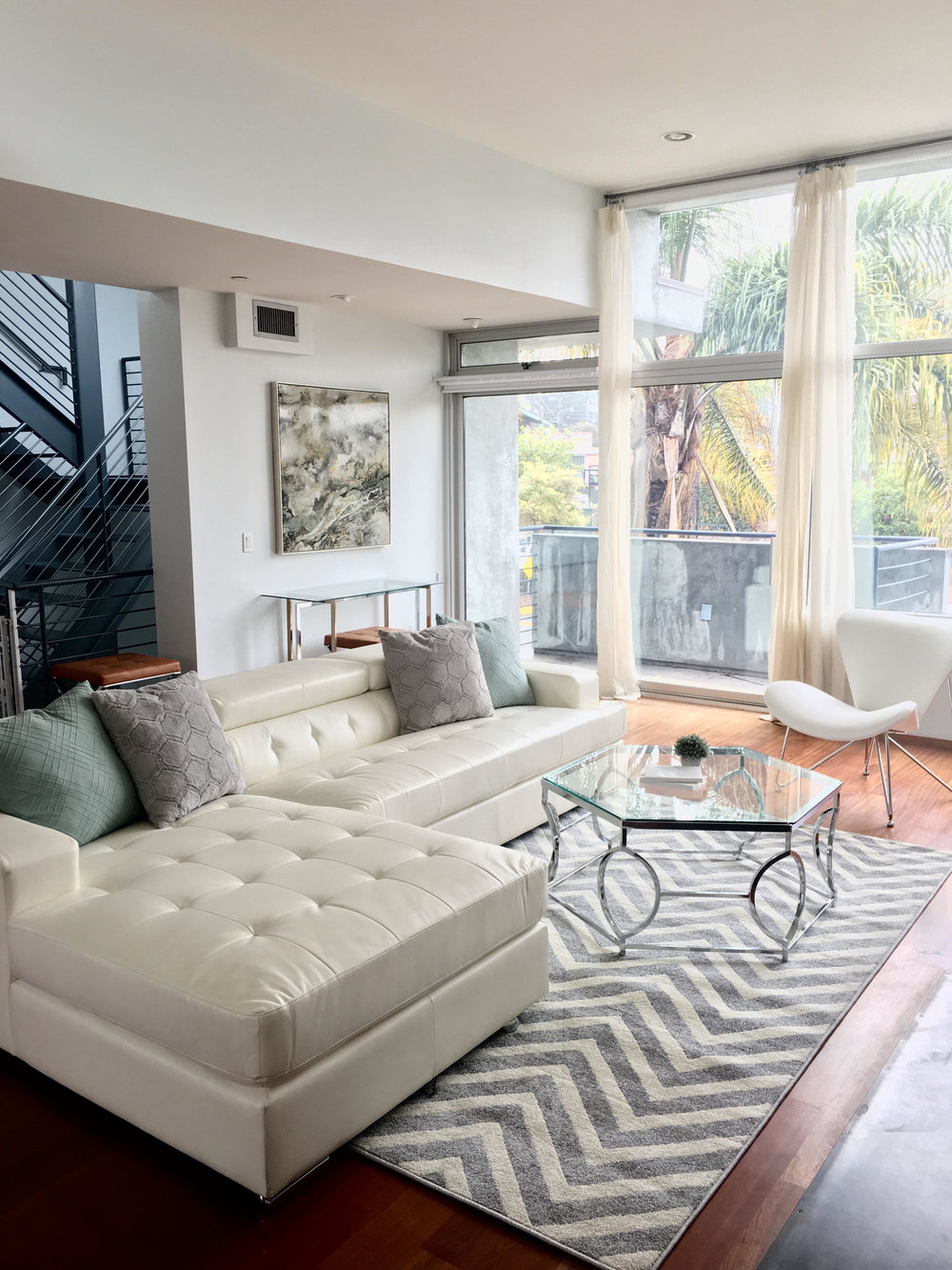 Santa Monica living room.jpg