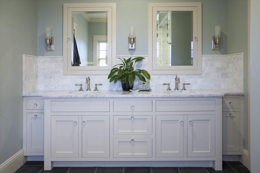 white-marble-bath-h.jpg