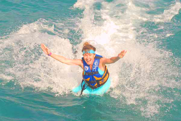 Being propelled by a dolphin (and facing a fear), Isla Mujeres