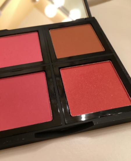 elf blush palette in Light