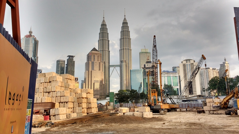 Luxury condominium project under construction on the site of the former Weekend Night Market. Photo: Vishnu Prasad
