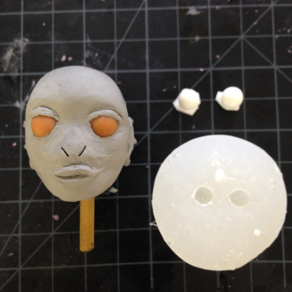 Face Replacement: Eye mold