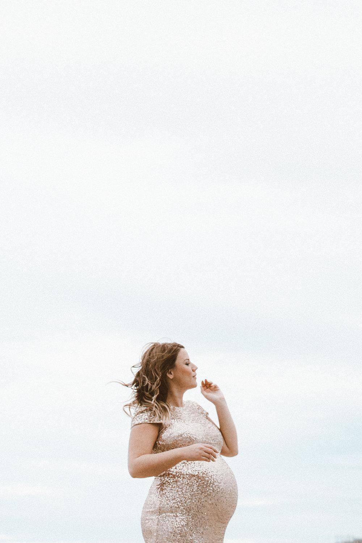 Christina Foret - Lifestyle Blogger - Maternity-84.jpg
