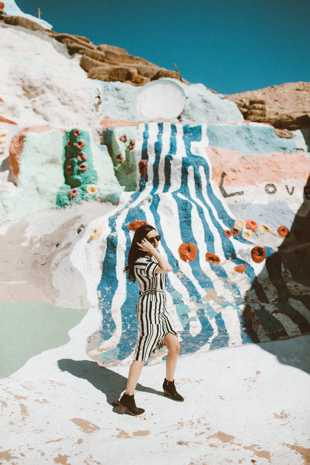 Christina Foret - Lifestyle Blogger - Salvation Mountain-10.jpg
