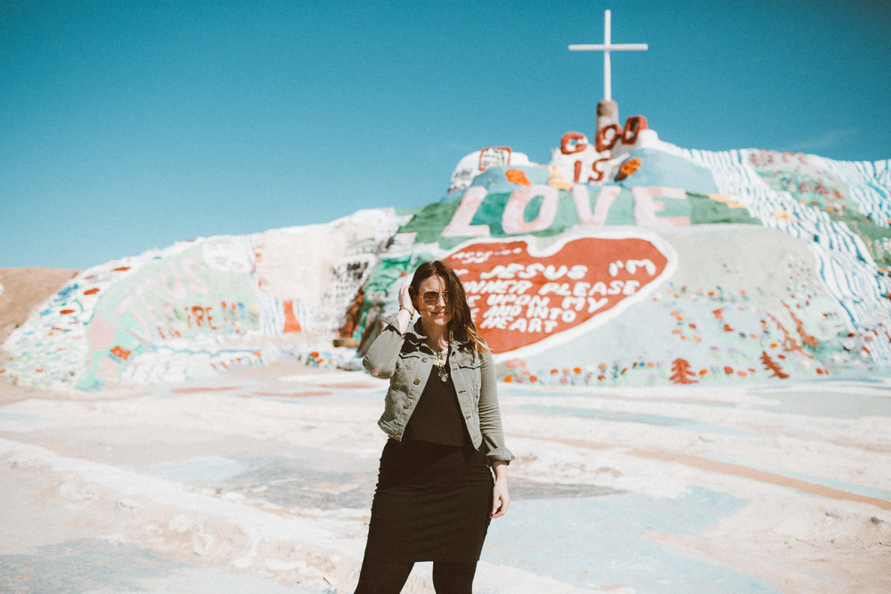 Christina Foret - Lifestyle Blogger - Salvation Mountain-18.jpg