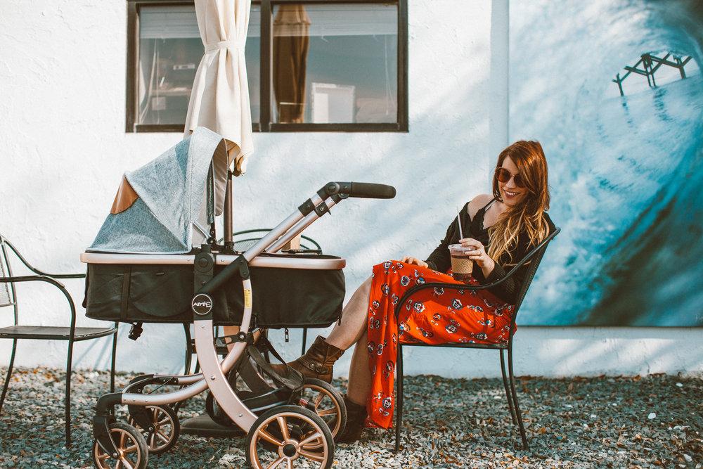 Christina Foret - Lifestyle Blogger - Wrightsville Beach Annex Coffee Sunset-36.jpg