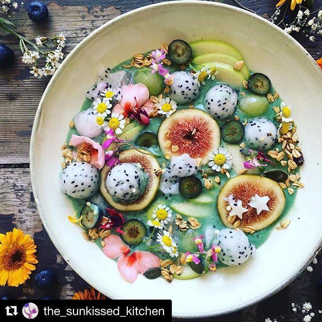 Food art 🌼🍉🌸🥝🌺🍒 #themiracleoflife #thisgrowsfromtheground #natureprevails #wowzers