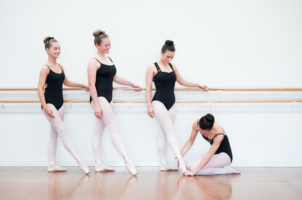 Classical ballet Cecchetti Dance classes Melbourne Mathis Dance Studios