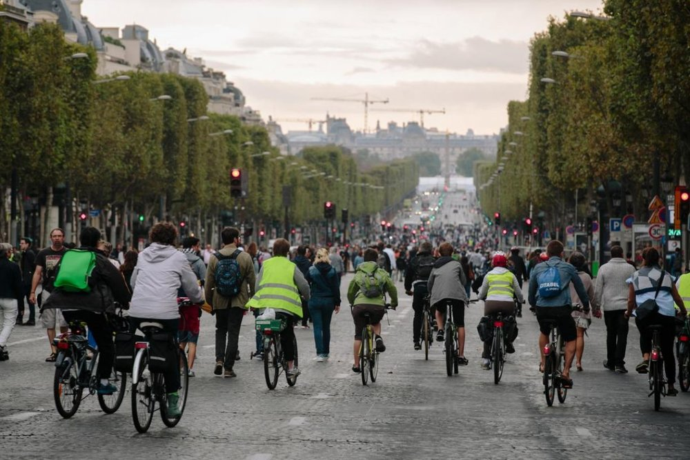 Paris car-free 2016