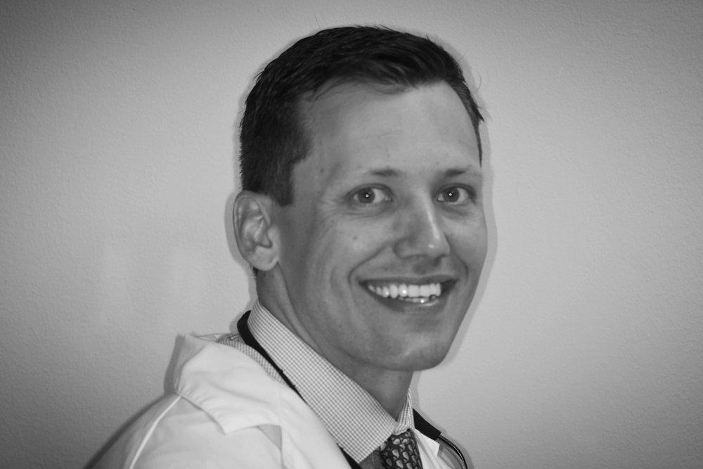 Dr.Matt Profile Pic Website.JPG