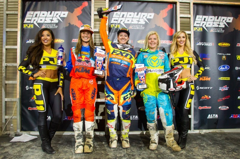 In the exciting Women's main event, Shelby Turner (center) took the win over Kacy Martinez (left) and Tayla Jones (right).Photo: Adam Booth.