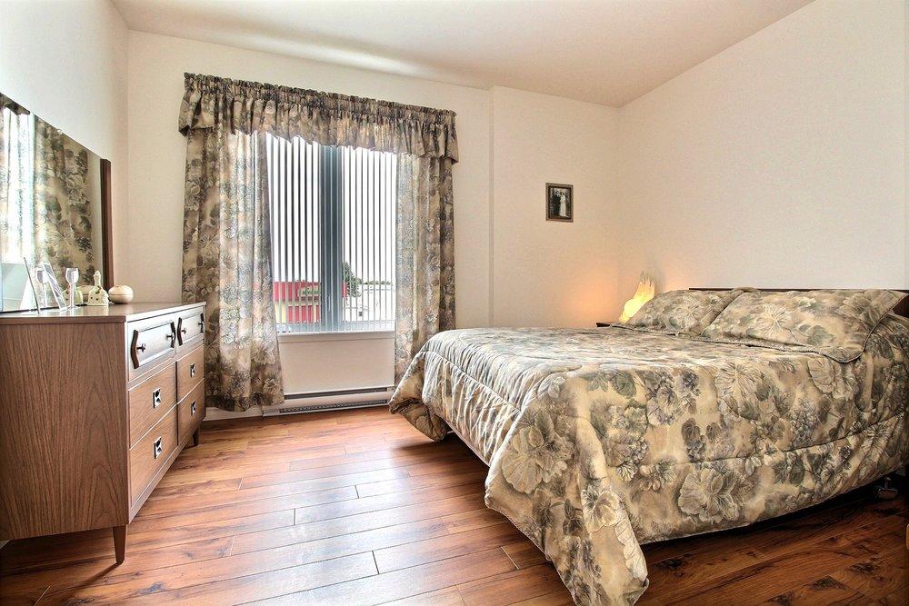 Chambre à coucher 2.jpg