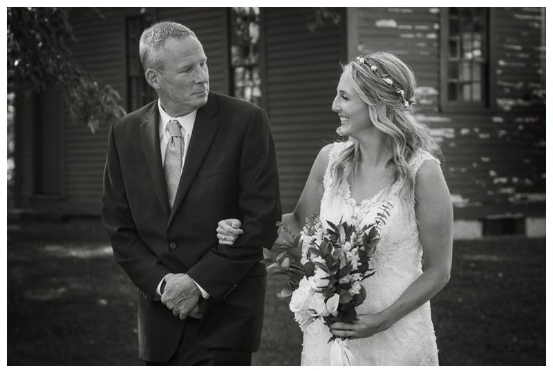 Kate-Alison-Photography-New-Hampshire-Barn-Wedding_0013.jpg