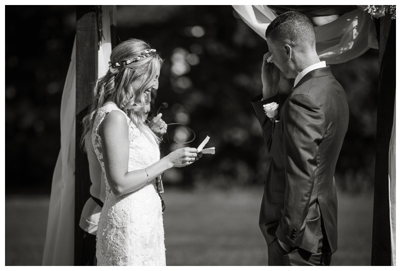 Kate-Alison-Photography-New-Hampshire-Barn-Wedding_0015.jpg