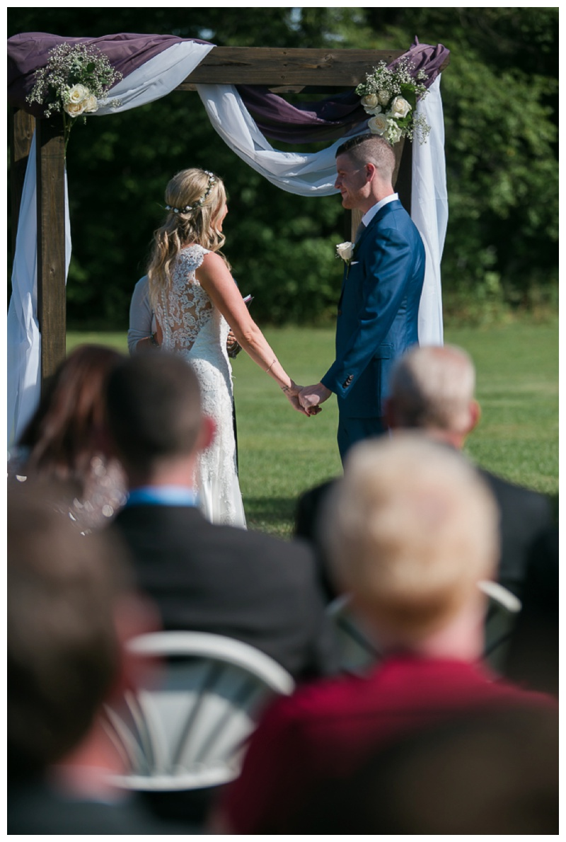 Kate-Alison-Photography-New-Hampshire-Barn-Wedding_0014.jpg