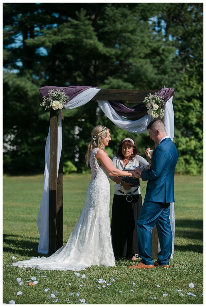Kate-Alison-Photography-New-Hampshire-Barn-Wedding_0017.jpg