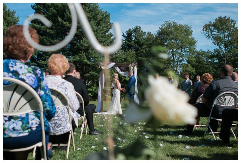 Kate-Alison-Photography-New-Hampshire-Barn-Wedding_0018.jpg