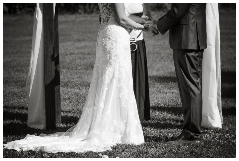 Kate-Alison-Photography-New-Hampshire-Barn-Wedding_0019.jpg