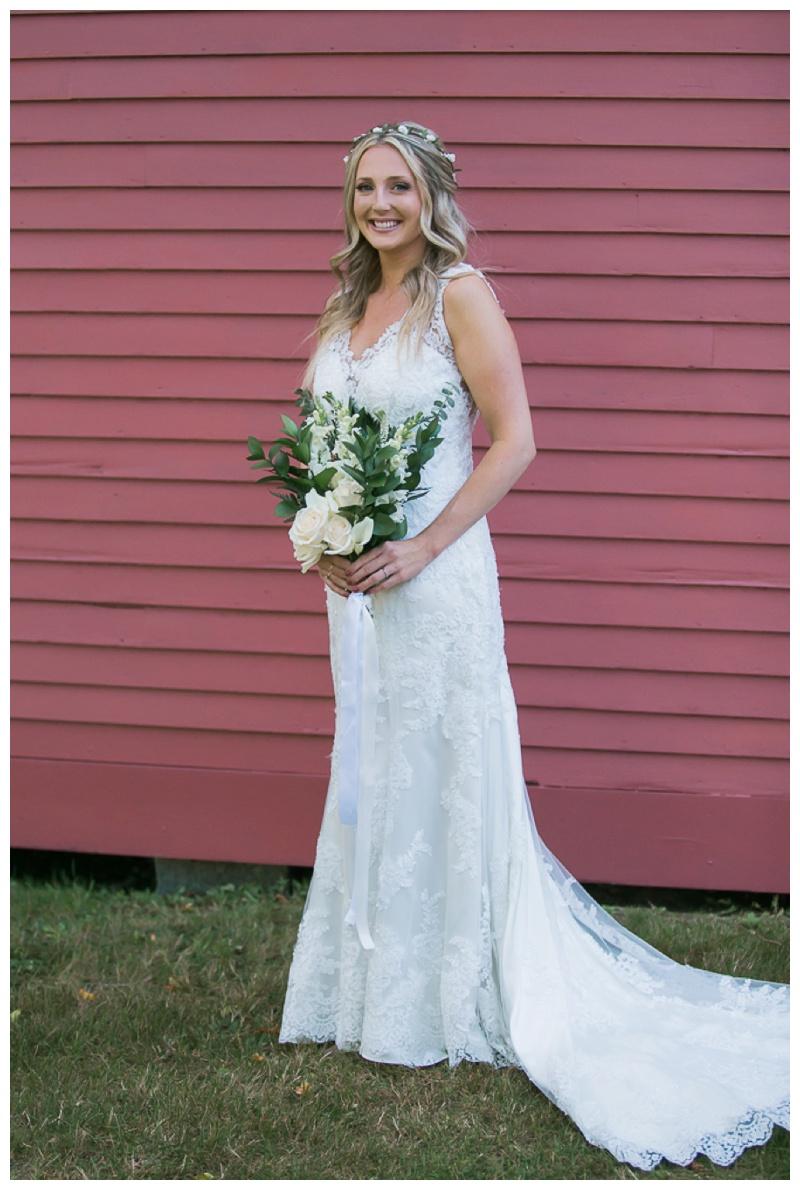 Kate-Alison-Photography-New-Hampshire-Barn-Wedding_0022.jpg