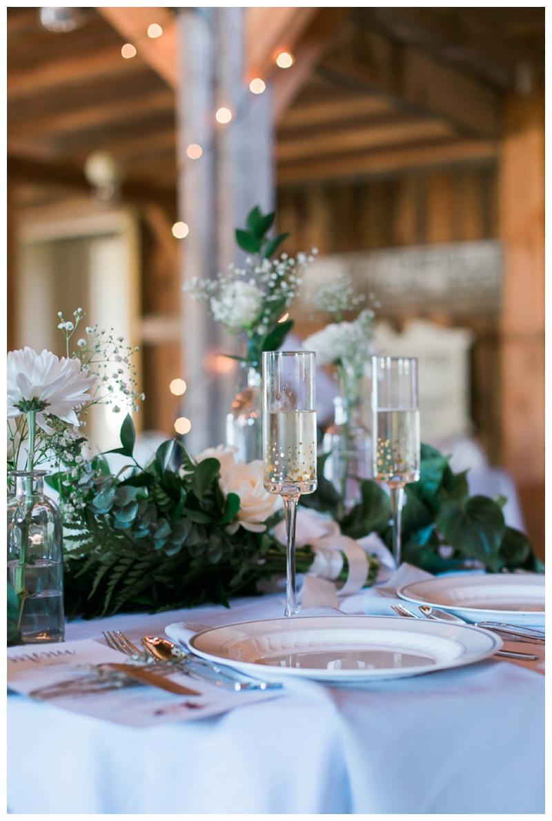 Kate-Alison-Photography-New-Hampshire-Barn-Wedding_0031.jpg