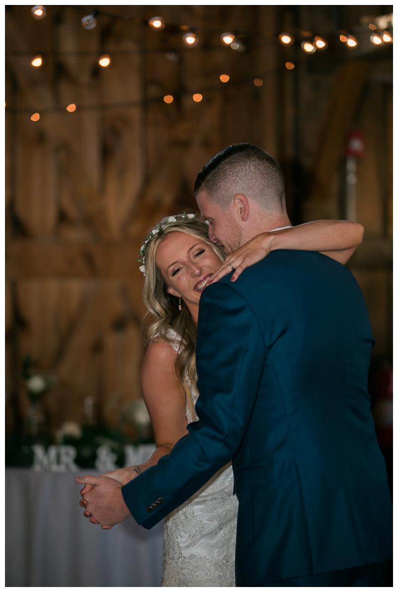 Kate-Alison-Photography-New-Hampshire-Barn-Wedding_0034.jpg