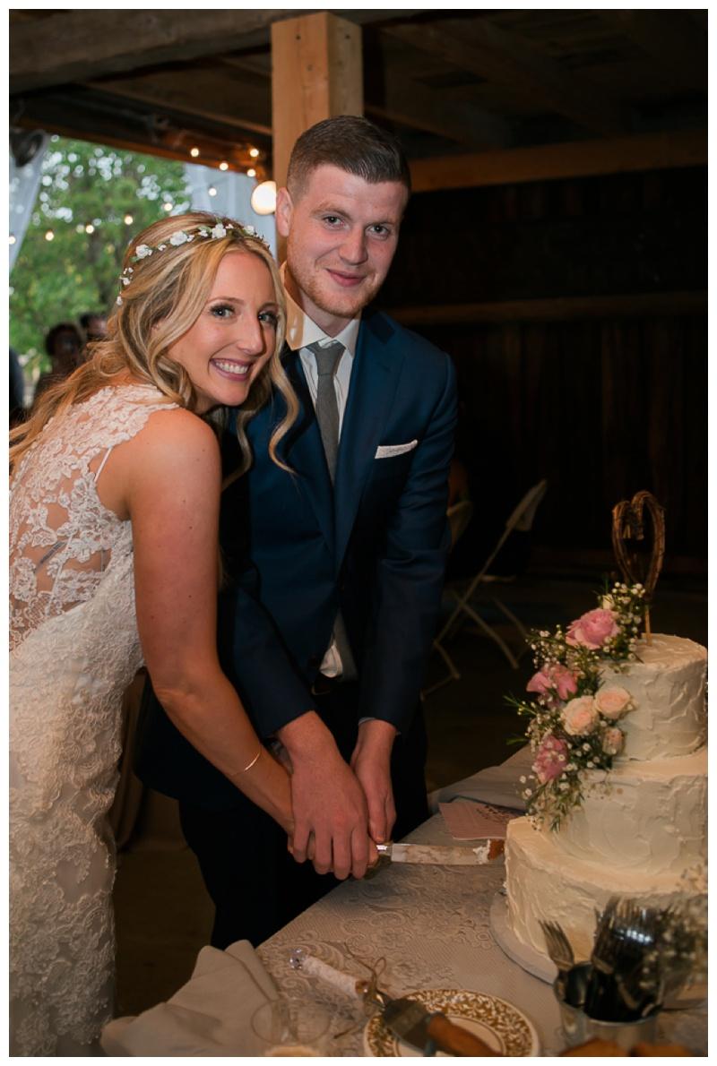 Kate-Alison-Photography-New-Hampshire-Barn-Wedding_0036.jpg