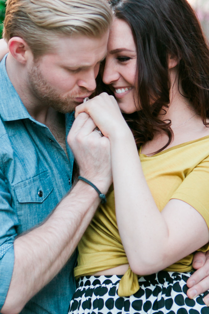 Kate-Alison-Photography-Spring-NYC-Engagement-Session