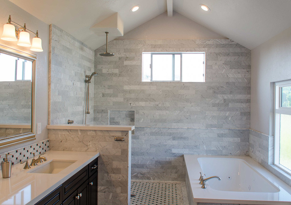 TaylorPro Highpoint Encinitas Carrera Bath Small-3.jpg