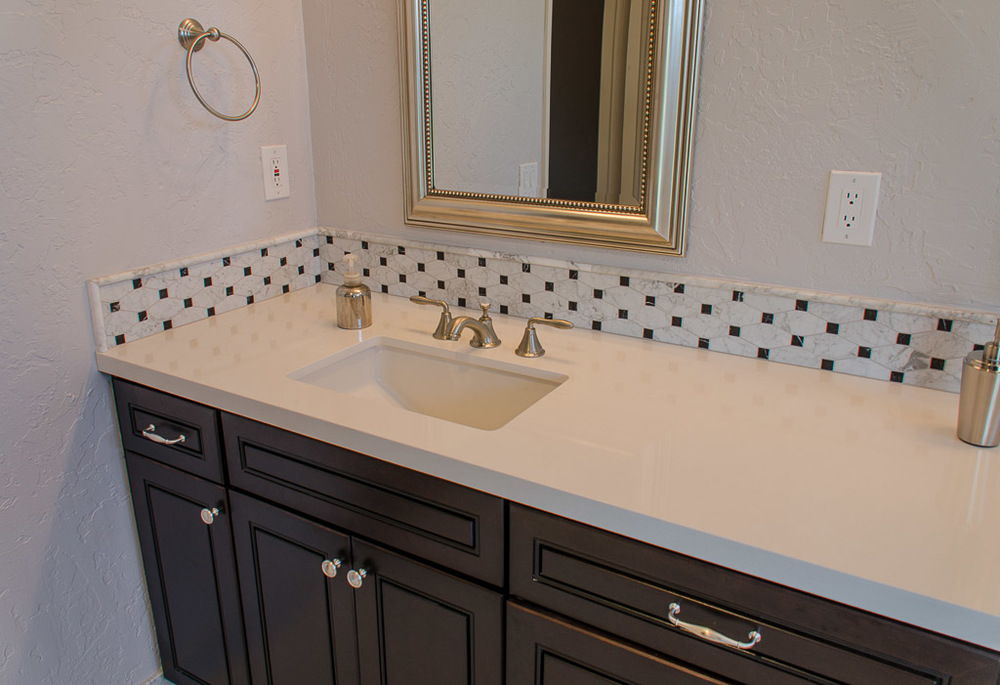 TaylorPro Highpoint Encinitas Carrera Bath Small-12.jpg