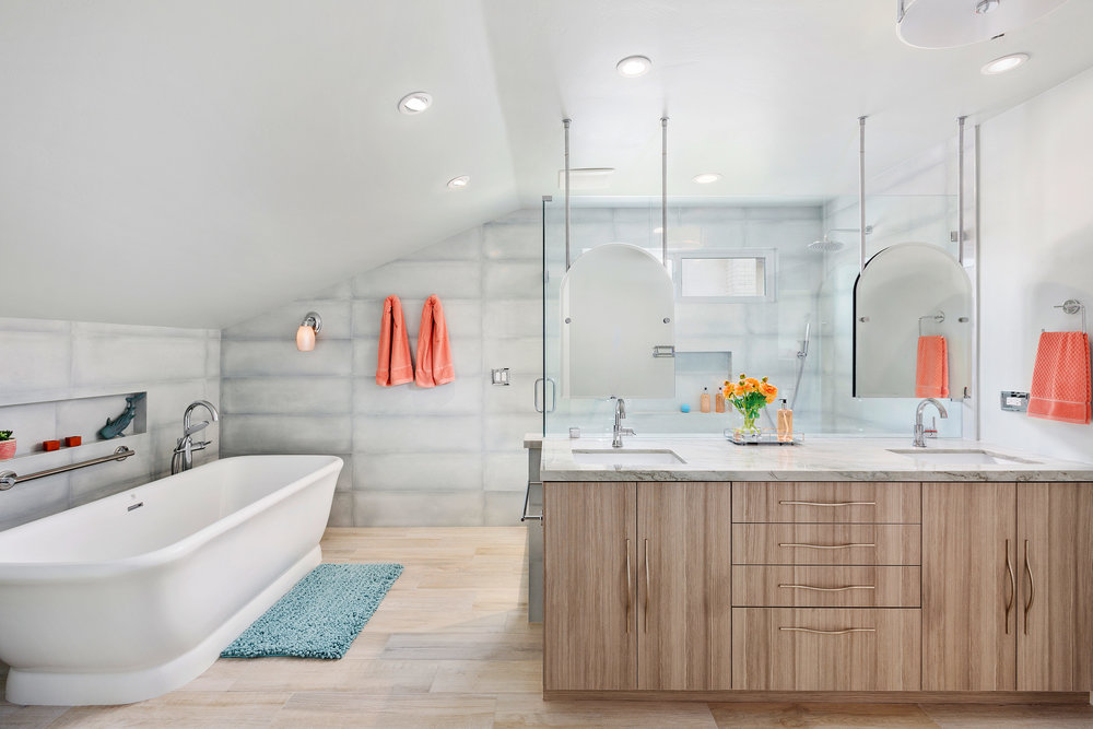 Expansive Spa Master Bath in Carlsbad