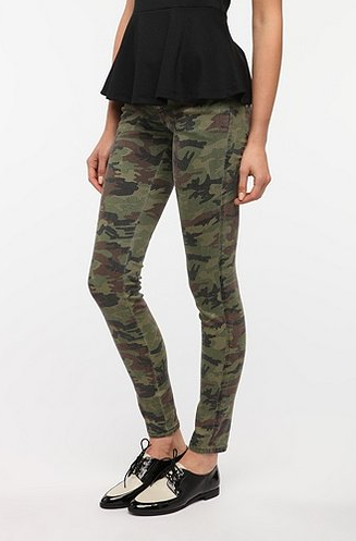 Shut_Up_I_Love_This_Urban_Outfitters_Caro_Pants