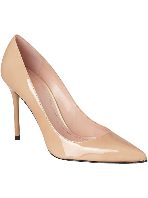 Shut_Up_I_Love_This_Stuart_Weitzman_Nude_Pump_340