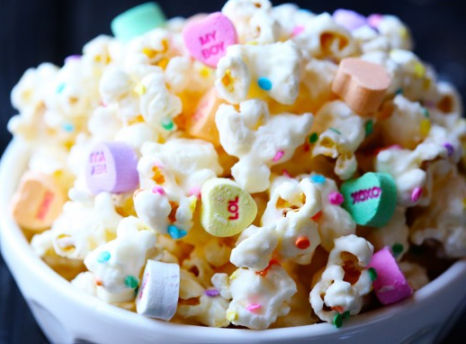 #givemesomeoven A Cute Conversation Starter for Kids! Make some popcorn and when it cools down, throw in some candy hearts! Pure LOVE.