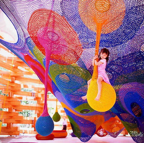 Rainbow Net playground at the Hakone Sculpture Park in Japan. (Via Playscapes)