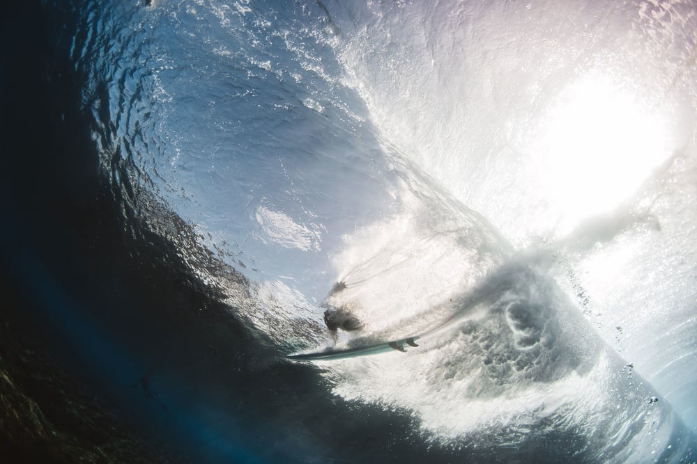 surfer pipeline