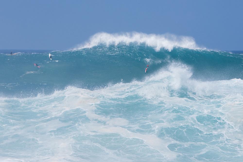 Hi=uge wave