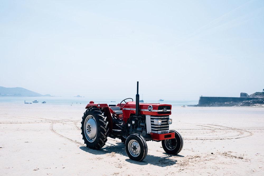 Tractorporn_0016_7894.jpg