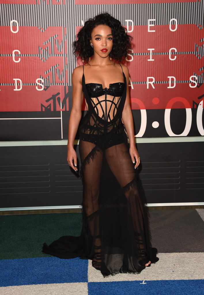LOS ANGELES, CA - AUGUST 30: Singer FKA twigs attends the 2015 MTV Video Music Awards at Microsoft Theater on August 30, 2015 in Los Angeles, California. (Photo by Jason Merritt/Getty Images)