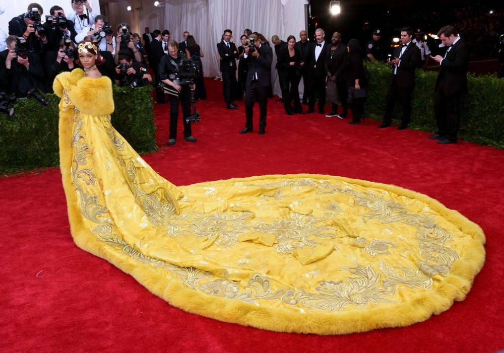Rihanna Guo Pei Met Gala