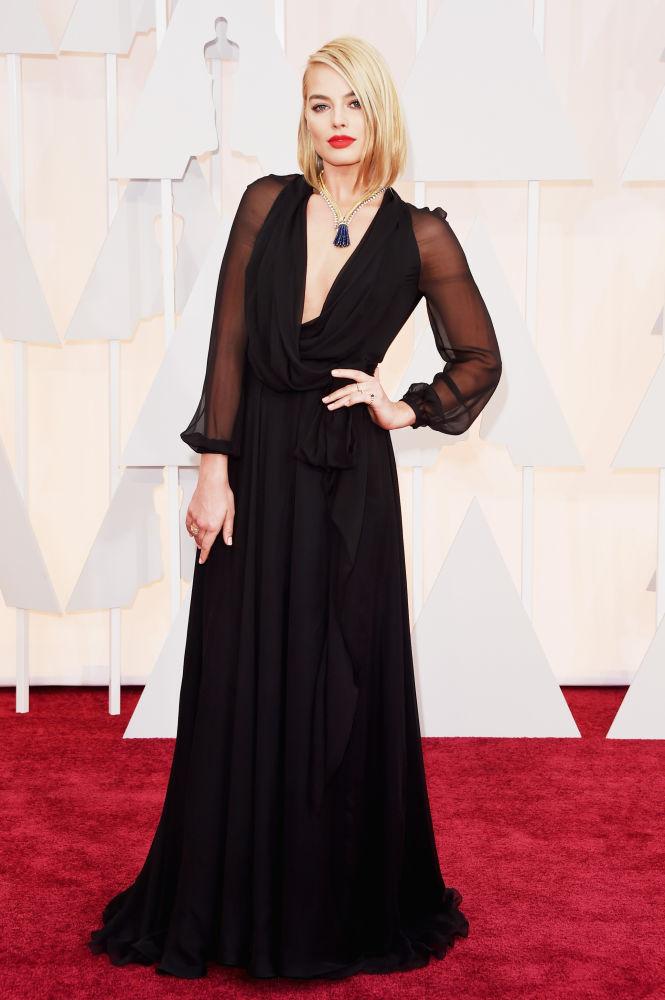 Margo Robbie_Saint Laurent_Oscars