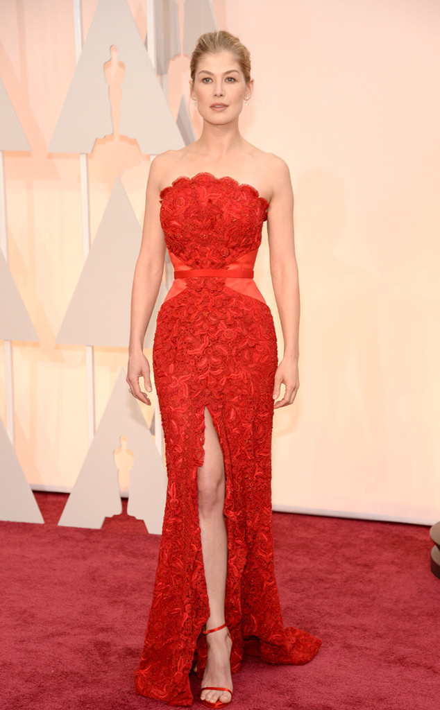Rosamind Pike_Givenchy Haute Couture_Oscars