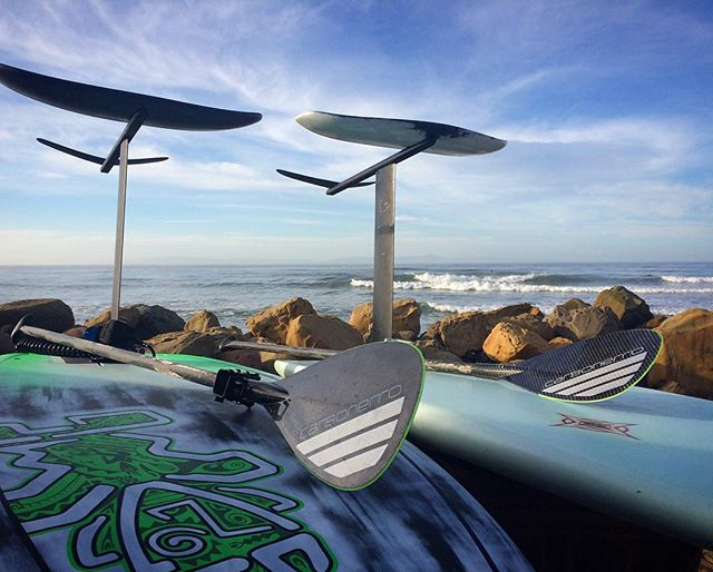The only way to fly ✈️✈️✈️ Carbonerro Paddles and Pelican Surffoils the perfect combination for a smooth flight! @pelicansurffoils @waynerichsurfboards @vamolife #standuppaddle #sup #paddle #paddlesurf #supfoil #surffoil #surffoil #stand_up_paddle #supsurf #hydrofoil