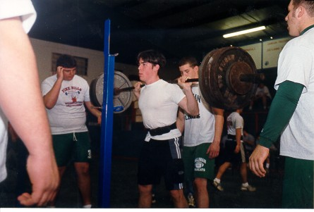 PowerLift2002_squat1.jpg