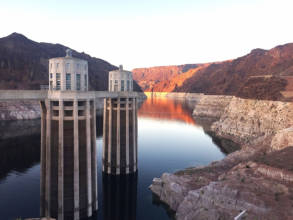 North view from Hoover Dam